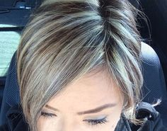 Resultado de imagen para gray hair with highlights