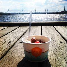 Delicious Honeycomb ice-cream - Jönköping, Sweden!