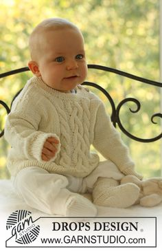 Baby Knitting Patterns Jumper Sweet Snow / DROPS Baby – The set includes: Knitted socks and sweaters … Free Baby Sweater Knitting Patterns, Knitting For Kids, Knitting Socks, Baby Patterns, Free Knitting, Loom Knitting, Stitch Patterns, Crochet Patterns, Drops Design