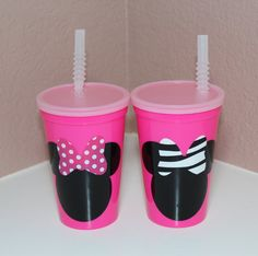 Items similar to Minnie Mouse Pink Plastic Cups - Party Favors - Lot of on Etsy Minnie Birthday, Little Girl Birthday, Baby Birthday, Birthday Parties, Birthday Ideas, Birthday Bash, Birthday Stuff, Minnie Mouse Pink, Mickey Minnie Mouse
