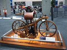 Tìm hiểu lịch sử chiếc xe gắn máy trước tiên