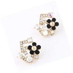 Rhinestone Embellished Flower Number 5 Shaped Ear Nails Earrings YW15041503.http://www.clothing-dropship.com