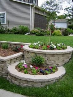 Amazing DIY Front Yard Landscaping Ideas and Designs Terraced Beds, Front Yard Landscaping Ideas. Landscaping your front yard is the best way to increase your home's curb appeal Small Front Yard Landscaping, Backyard Landscaping, Landscaping Ideas, Backyard Ideas, Landscaping Software, Small Fence, Luxury Landscaping, Landscaping Company, Landscaping Blocks