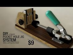 DIY Ultimate pocket hole jig system made from scrap, see full tutorial on plywoodworking channel. Bosch Circular Saw, Circular Saw Track, Woodworking Hand Tools, Popular Woodworking, Woodworking Plans, Woodworking Projects, Diy Projects, Led Reading Light, Table Saw Jigs