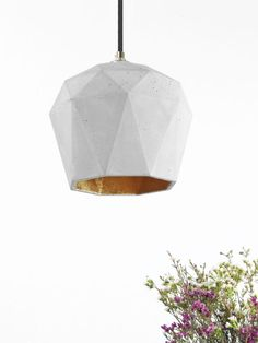 [T3] PENDANT LIGHT TRIANGLE – GOLD, SILVER OR COPPER