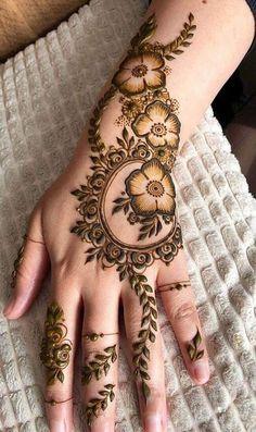 Henna Hand Designs, Henna Flower Designs, Modern Henna Designs, Mehndi Designs Finger, Latest Henna Designs, Mehndi Designs For Girls, Mehndi Designs For Beginners, Mehndi Design Photos, Mehndi Designs For Fingers
