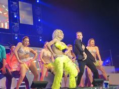 Derek Hough and Julianne Hough on Move Live Tour