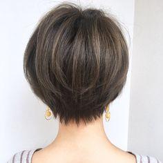 【HAIR】ショートボブの匠【 山内大成 】GARDENさんのヘアスタイルスナップ(ID:390437)。HAIR(ヘアー)では、スタイリスト・モデルが発信する20万枚以上のヘアスナップから、髪型・ヘアスタイル・ヘアアレンジをチェックできます。
