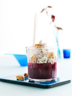 Kold speltgrød    Opskrift: Skøn speltgrød med med vanilje, æble-blåbær-kompot og valnødder