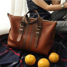 who makes this bag? I want it so bad...