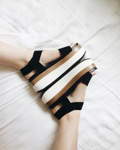3 Admirable Cool Tips: Casual Shoes Fashion shoes booties alexander mcqueen.Must Have Winter Shoes. Sock Shoes, Cute Shoes, Me Too Shoes, Shoe Boots, Shoes Sandals, Converse Shoes, Black Flatform Sandals, Shoes Sneakers, Adidas Shoes
