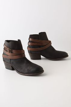 Cord boots