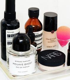 Jayne Min's Top Shelf