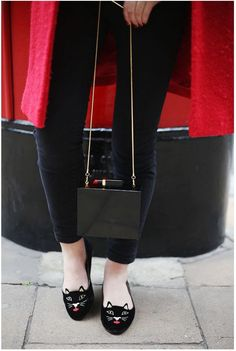 What Olivia Did with the Chloe clutch - ow.ly/MDHuO