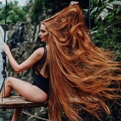 Alopecia to Thick Gorgeous Hair - 4 Easy Tips 4 Easy hair care tips - How she transformed her hair loss to thick gorgeous hair Beautiful Red Hair, Beautiful Redhead, Natural Redhead, Beautiful Women, Long Red Hair, Very Long Hair, Red Hair Woman, Pretty Hairstyles, Her Hair