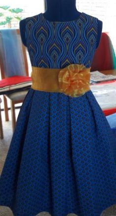 A beautiful Shweshwe Dress For Kids 2019 - Our Nail Seshweshwe Dresses, African Wear Dresses, African Fashion Ankara, African Attire, Baby Dresses, Sepedi Traditional Dresses, African Traditional Wedding Dress, Xhosa Attire, Modest Outfits
