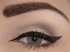 i like how the eyeliner is extended at the inner corner and comes to a point