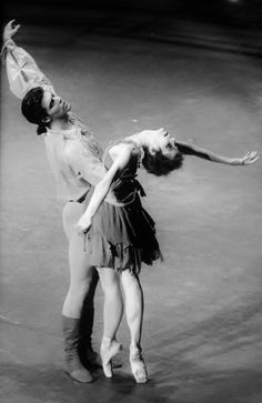Darcey Bussell and Roberto Bolle in Manon.