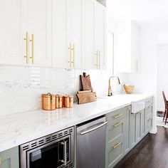 Susan Greenleaf San Francisco Home - A classic kitchen with French ...