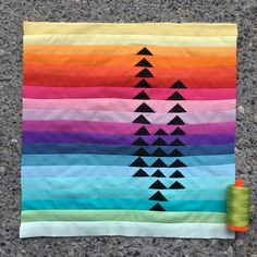 Strip Quilts, Quilt Blocks, Flying Geese Quilt, Cushion Cover Designs, Jellyroll Quilts, Paper Piecing Patterns, Weaving Projects, Quilted Wall Hangings, Pattern Blocks