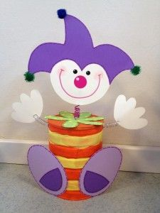 Clown craft idea for kids Kids Crafts, Clown Crafts, Circus Crafts, Carnival Crafts, Carnival Decorations, Foam Crafts, Preschool Crafts, Craft Projects, Projects To Try
