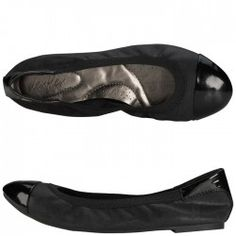 Item of the Day: Dexflex Women's Scrunch Flats  These flats are beyond comfortable. They've ruined other flats for me.