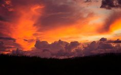 """""""Tangerines in the Sky"""" -- #wallpaper by """"jdphotopdx"""" from http://interfacelift.com -- My wife and I were on our way back to the place we were staying in Maui when we saw this amazing sunset. I pulled over and snapped this shot. Maui has the most amazing sunsets I've ever seen.  Adobe Lightroom CC. -- Available as #wallpapers in any resolution at: http://interfacelift.com/wallpaper/details/3929/tangerines_in_the_sky.html"""