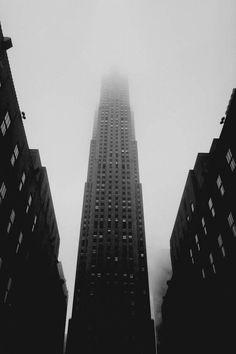 Rockefeller Skyscraper in NYC 09/11/2001
