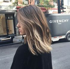 hairstyle ideas // balayage haircolor medium hair