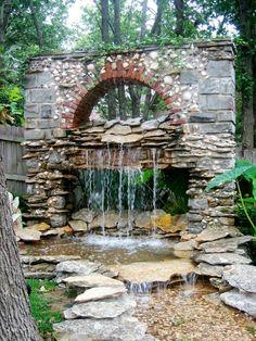 fontaine murale, pierres naturelles déco