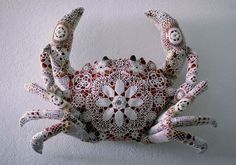joana vasconcelos crab crochet
