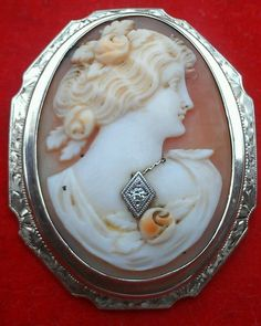 Vintage 14K Yellow Gold Carnelian Shell Cameo Pendant Pin Brooch w/Diamond
