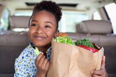 Crianças podem adquirir o gosto por vegetais, afirma estudo   #AlimentaçãoSaudável, #Bebês, #Crianças, #EpochTimes, #HábitosAlimentares, #UniversidadeDeLeeds, #Vegetais