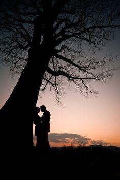 Wedding photos romantic engagement pics Ideas for 2019 Couple Photography, Engagement Photography, Photography Poses, Wedding Photography, Romantic Photography, Engagement Pictures, Engagement Shoots, Wedding Pictures, Images D'engagement