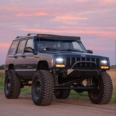 Jeep Xj Mods, Jeep Wj, Jeep Truck, Ford Trucks, Lifted Jeep Cherokee, Jeep Grand Cherokee, Cherokee 4x4, Adventure Car, Badass Jeep