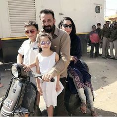 Sanjay Dutt on for a scooter ride with his kids and wife Manyata in Agra on the sets of 'Bhoomi'. @filmywave  #SanjayDutt #ManyataDutt #Bhoomi #celebrity #bollywood #bollywoodactress #bollywoodactor #actor #actress #star #fashion #glamorous #hot #love #instalike #instacomment #filmywave