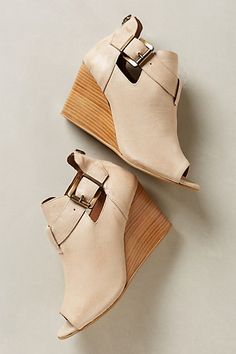 Posy Wedges