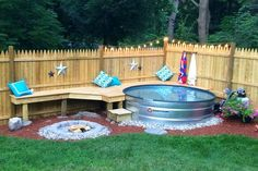 """7 """"Oh Yeahhh Projects That Make Your Backyard Staycation-Worthy Is a full not in your budget? A stock-tank paired with a and seating is everything good about a pool, without all the cost and maintenance. Stock Pools, Stock Tank Pool, Diy Swimming Pool, Diy Pool, Kiddie Pool, Piscina Diy, Backyard Patio Designs, Backyard Ideas, Backyard Projects"""