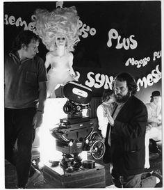 "Stanley Kubrick on the set of ""A clockwork orange"" Sci Fi Movies, Movie Tv, Hollywood Boulevard, Stanley Kubrick, Horror, Fantasy, Orange, Concert, Movies"