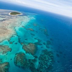 great barrier reef pictures from space -