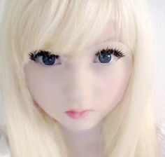 Venus Angelic, 15-Years-Old, Is A Living Doll ; See Her With And Without MakeUp- This chick is Amazing too! Great Lolita look