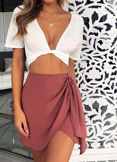 Skirt outfits summer - 35 Cute Girly Fashion Outfits Ideas For Summer – Skirt outfits summer Cool Summer Outfits, Girly Outfits, Spring Outfits, Trendy Outfits, Cute Outfits, Fashion Outfits, Womens Fashion, Casual Summer, Fashion Trends