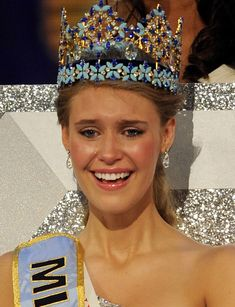 """Find Out Who Was """"Miss World"""" the Year You Were Born Megan Young, Fashion Idol, Miss World, Joan Crawford, Pageants, Beauty Pageant, Personality Types, Carolina Herrera, Most Beautiful Women"""
