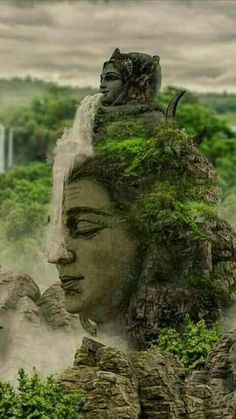 Ganga mata (water goddesses) flowing over lord Shiva Rudra Shiva, Mahakal Shiva, Shiva Statue, Shiva Art, Krishna Krishna, Lord Shiva Pics, Lord Shiva Hd Images, Lord Shiva Family, Lord Shiva Hd Wallpaper