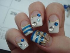 gorgeous nautical nails <3