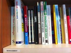 Rob van den Dungen @040Rob    En ook bij Boekhandel Priem in Valkenswaard kom je hem tegen.  #simpel