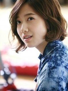 Another of Park Shin Hye's hairstyle in Heartstrings! ^^ Waves on point!