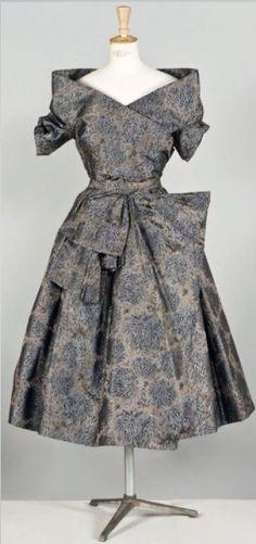 Dress Christian Dior, Fall - Winter 1955. | Cornette de Saint CYR