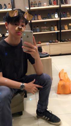 Cute Asian Guys, Cute Korean Boys, Asian Boys, Asian Men, Cute Guys, Ullzang Boys, Cute Teenage Boys, Cute White Boys, Pretty Boys