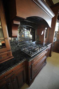 pot filler, faucet above stove Kitchen Pictures, Kitchen Ideas, Pot Filler Faucet, Kitchen Showroom, Kitchens, Kitchen Appliances, Faucets, Backsplash, Future House